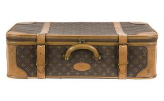 У москвича похитили чемодан «Доширака»