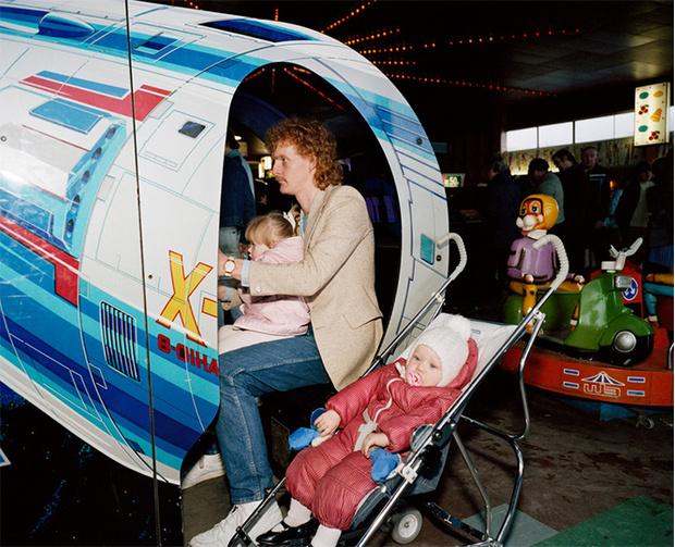 Фото №9 - Обычный туристический ад: фотографии английского курорта в 80-е