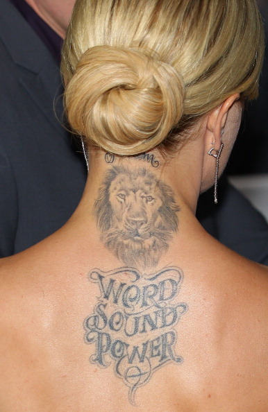 Фото №20 - Неудачные татуировки звезд