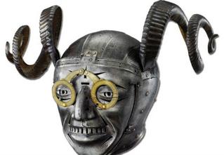 12 невероятных доспехов и шлемов