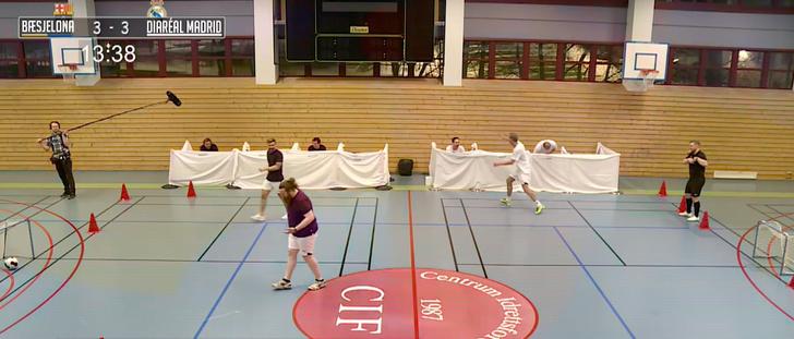 Фото №1 - Норвежское ТВ-шоу: футбольный матч после сильного слабительного