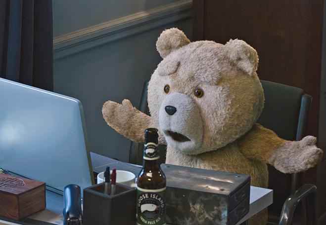 Интревью с медведем Тедом из фильма «Третий лишний»