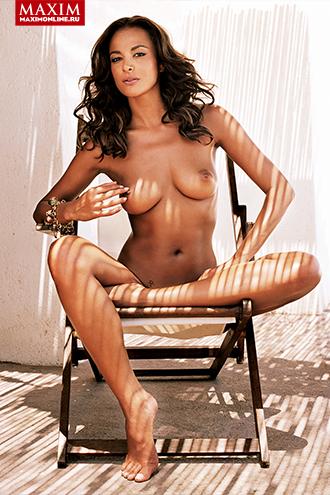 Фото №4 - Звезда итальянского телевидения Магда Гомес: «Да, меня возбуждает, когда меня трогают за соски. Но именно трогают, а не щиплют»