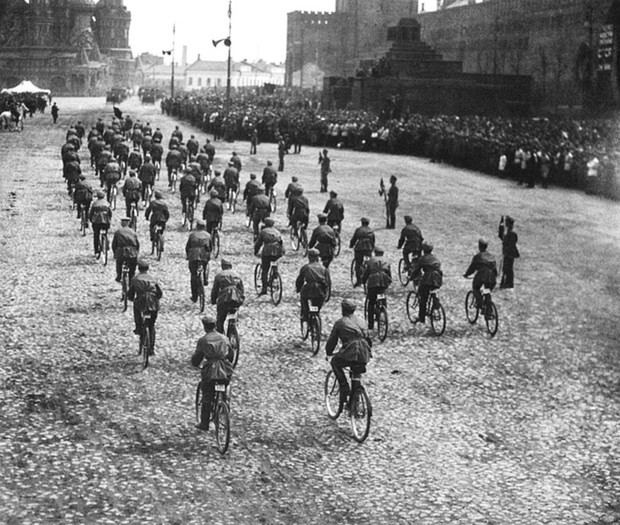 Фото №29 - Непридуманная история велосипедных войск