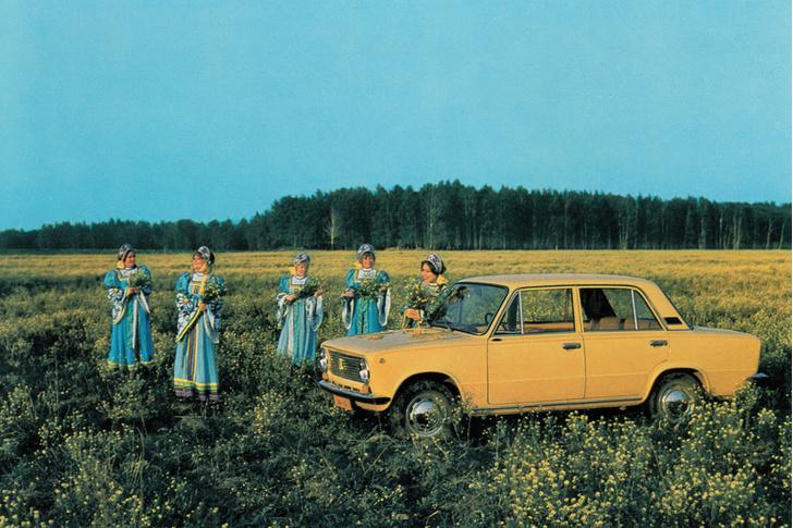 Фото №2 - Главный дизайнер Lada Стив Маттин отвечает на вопросы MAXIM!