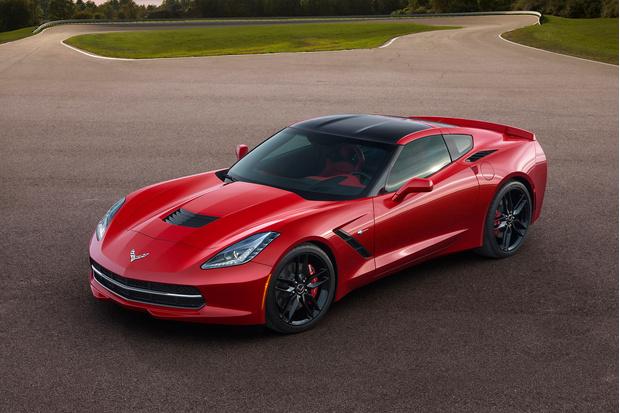 Фото №1 - Corvette Stingray — мощный и киногеничный спорткар из недалекого будущего