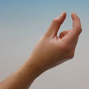 Фото №1 - 5 жестов для манипуляции собеседниками