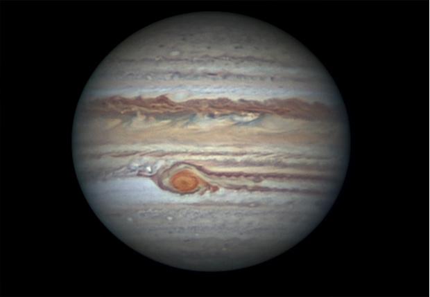 Фото №1 - NASA: к концу июня Юпитер будет так близко к Земле, что его можно будет разглядеть в бинокль