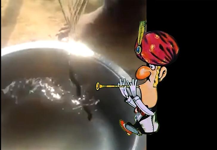 Фото №1 - Палка поднимается вверх по струе воды? (Эффектный трюк с разоблачением)