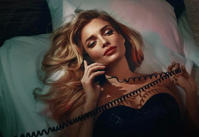 Экс-солистка «ВИА Гра» Татьяна Котова снялась в рекламе нижнего белья без нижнего белья