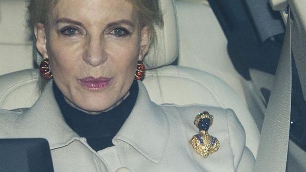 Фото №2 - Расистский скандал в королевской семье: обидели Меган Маркл!