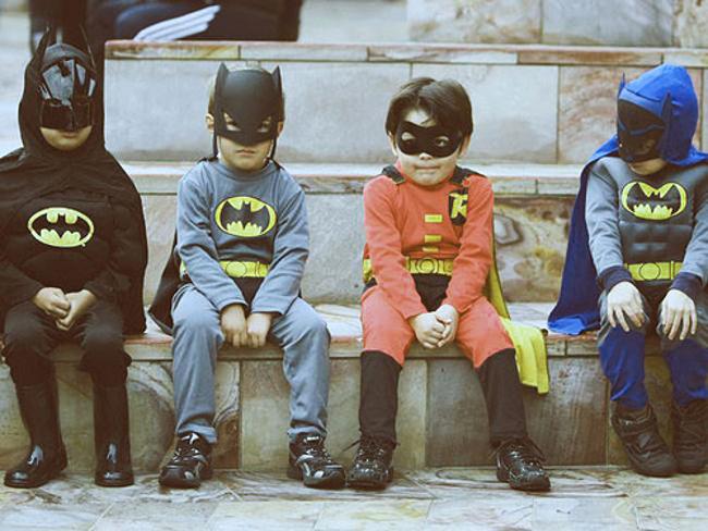 Фото №1 - Важное исследование: дети работают лучше, если они в костюме Бэтмена
