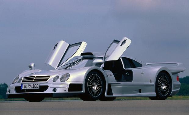 Фото №6 - На волю выпущен тысячесильный гиперкар Mercedes-AMG Project ONE